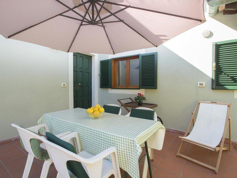 Villa Nicodemi - Casina / Cottage, holiday rental in Marina di Massa