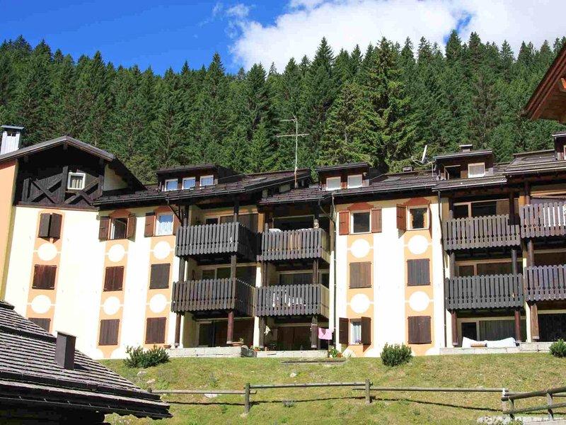 Fienili di Brenta, location de vacances à Carisolo