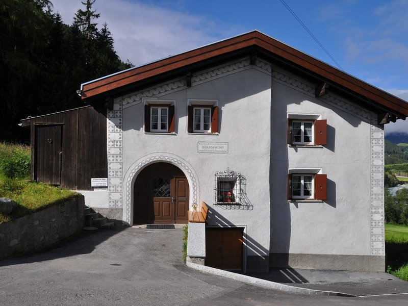 Ferienhaus Haus Guardamunt, location de vacances à Scuol