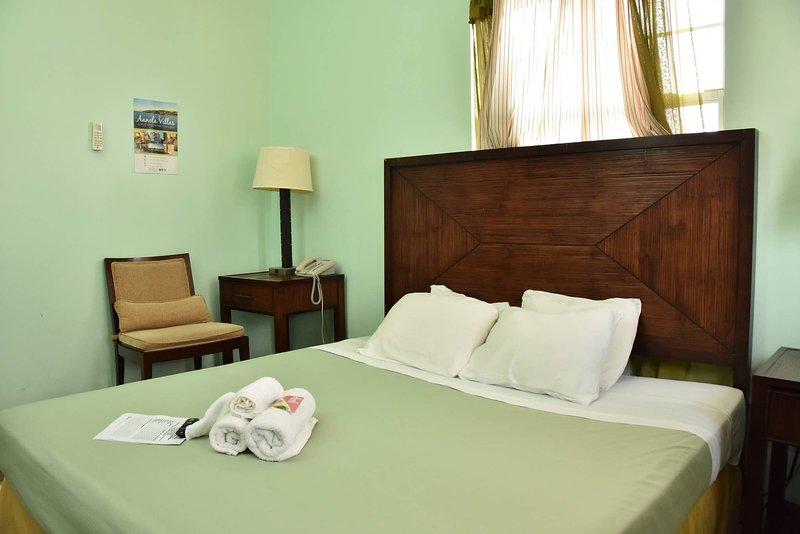 Aanola Villas 6a Tranquil Privy Bedroom, holiday rental in La Clery