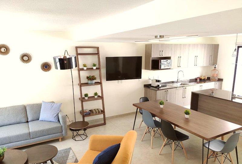 Alojamiento ejecutivo y confortable, holiday rental in Queretaro
