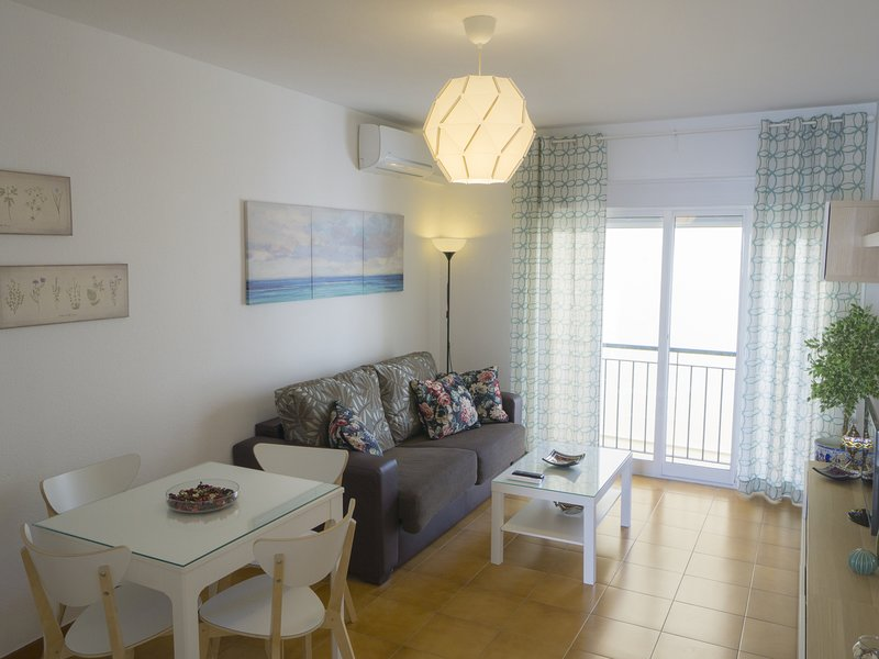 Cozy apartment in the San Julian neighborhood, location de vacances à Almaden de la Plata