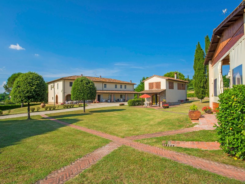 Forno, casa vacanza a Badia Agnano