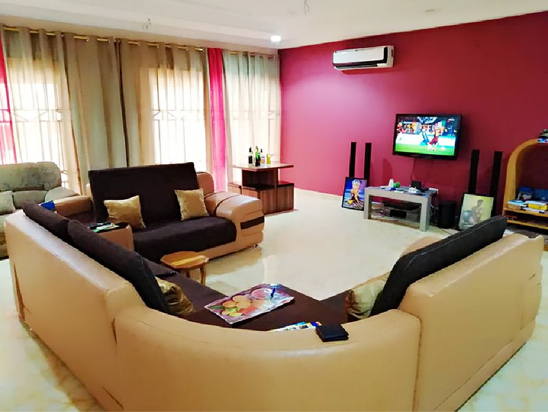Bed and Breakfast Luxury Apartments, holiday rental in Central Region
