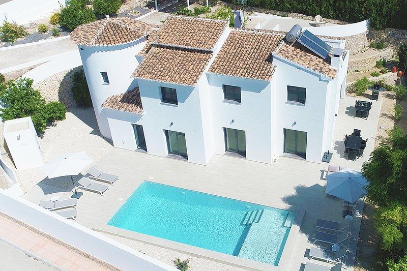 Villa Montemar - CostaBlancaDreams, holiday rental in La Llobella
