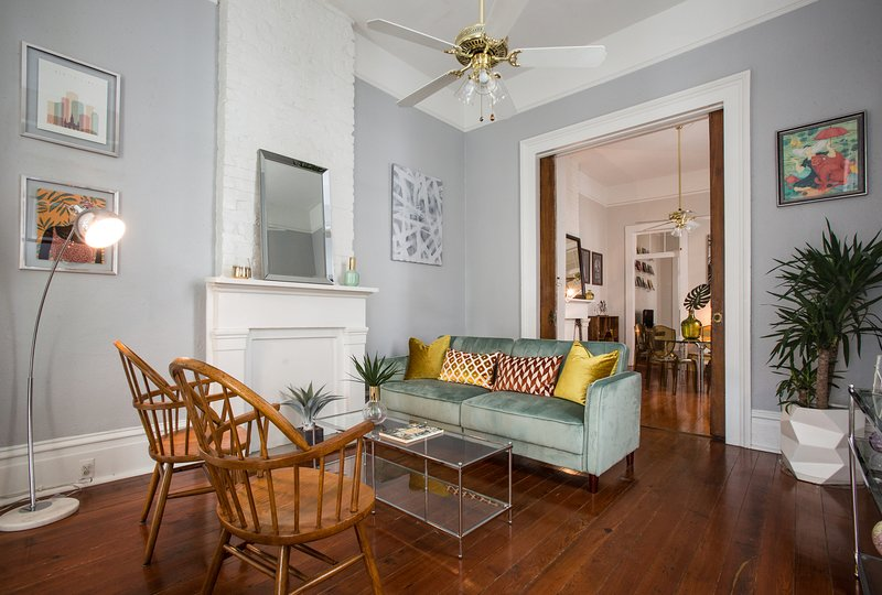 Historic Garden District Home On Magazine St, vacation rental in Marrero