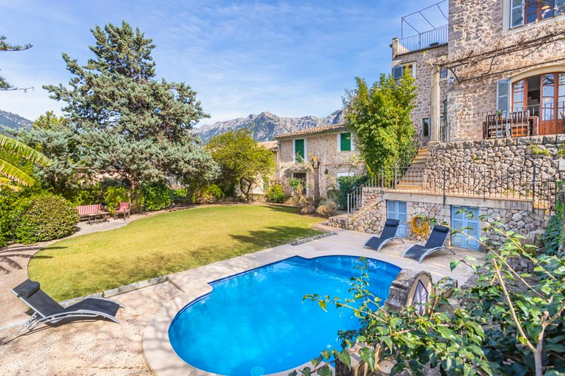 Villa Es Tilers in the heart of the charming village of Soller, holiday rental in Soller