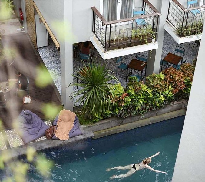 Guesthouse 6 Adult Non Breakfast Evening Entertainment Canggu, holiday rental in Dalung