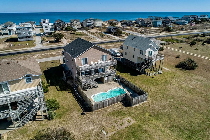 Three Little Birds | 490 ft from the beach | Private Pool, Hot Tub | Nags Head, holiday rental in Wanchese