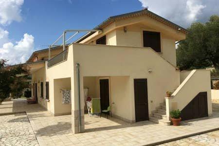 CASA VACANZE GALATEA, holiday rental in Palinuro