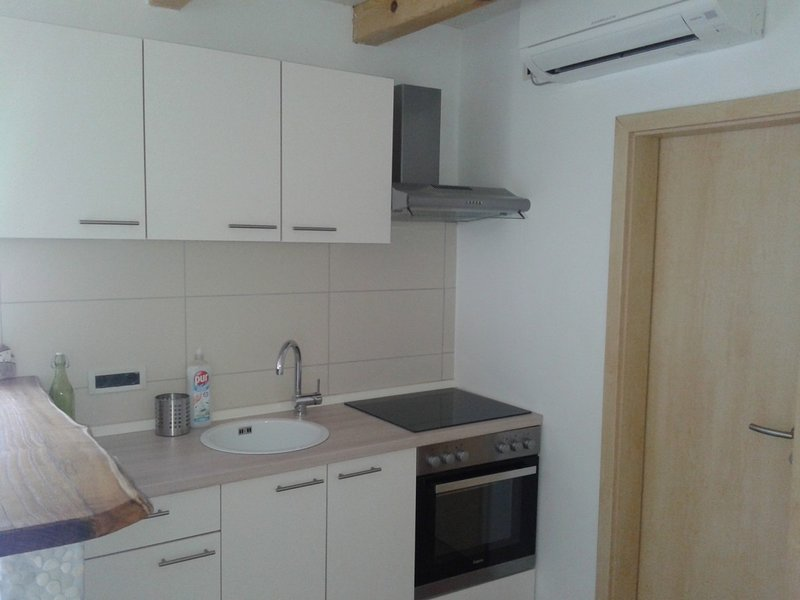 Holiday home 162574 - Holiday apartment 195165, vacation rental in Moscenice