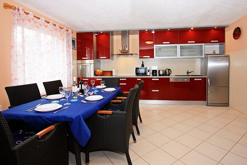 Holiday home 188118 - Holiday home for sole use 221556, vacation rental in Skrip