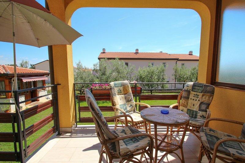 Holiday home 143169 - Holiday apartment 152642, holiday rental in Buzinija
