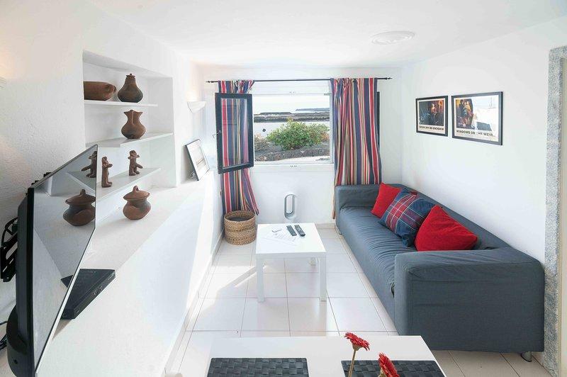 Apartamento Estudio con Vistas- Casa Salinas del Mar, location de vacances à Guatiza