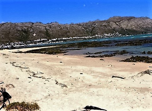 Seaside Self-catering Accommodation in Gordons Bay, Cape Winelands, location de vacances à Gordon's Bay
