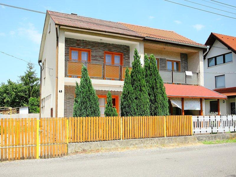 Balaton H2060, holiday rental in Kaptalantoti