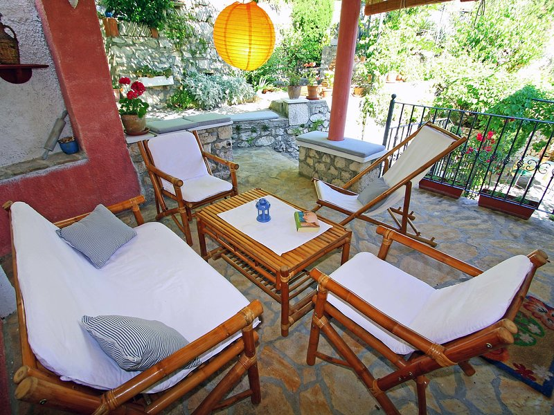 Mirna, holiday rental in Lozisce