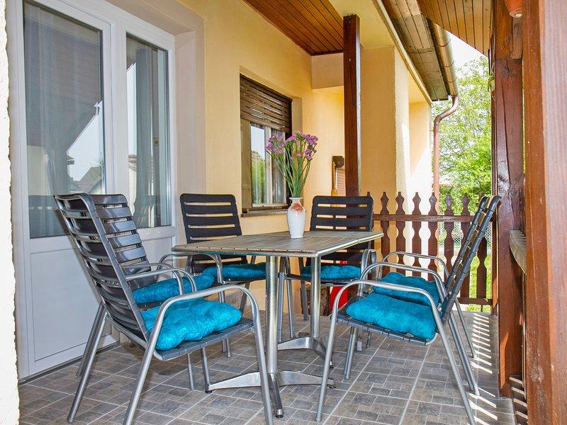 Balaton H505, holiday rental in Keleviz
