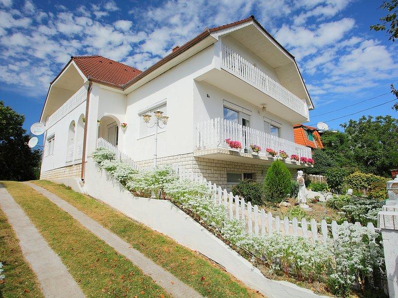 Balaton A2023, holiday rental in Balatonszemes