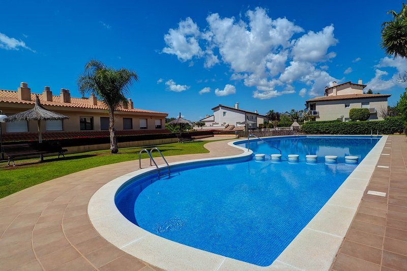 Tenis Apartment, holiday rental in Garraf