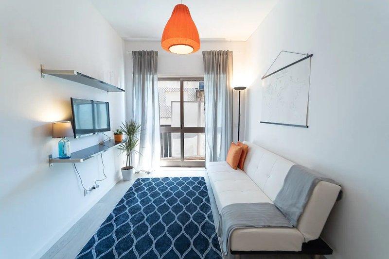 Kyllinga Apartment, Bonfim, Porto, !New!, holiday rental in Bomfim