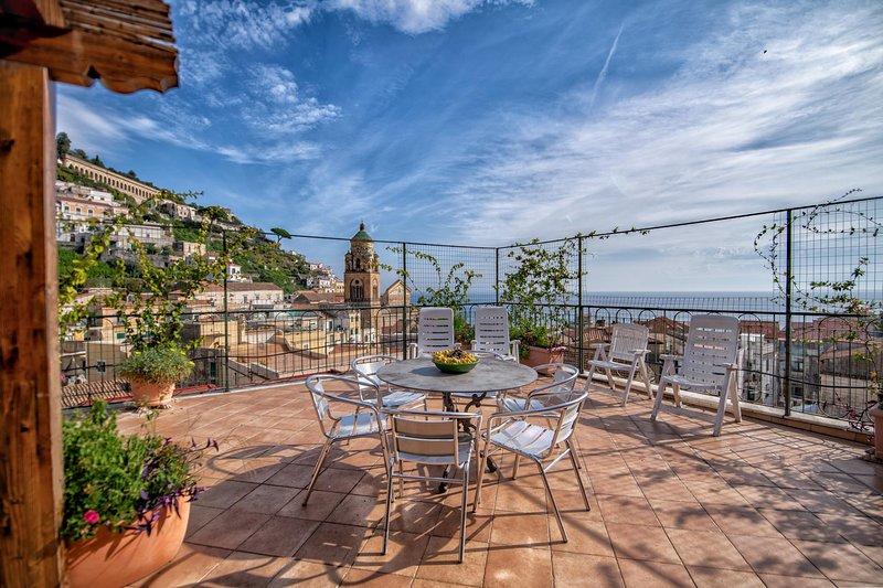Apt. Terrace Amalfi Centre, alquiler de vacaciones en Amalfi