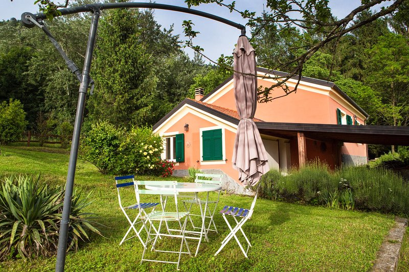 ILA3006 Casa Fragola, holiday rental in Tornolo