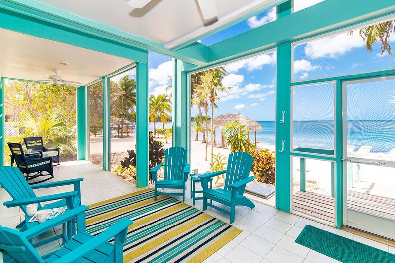 Enjoy a full-length screened porch with unobstructed ocean views.