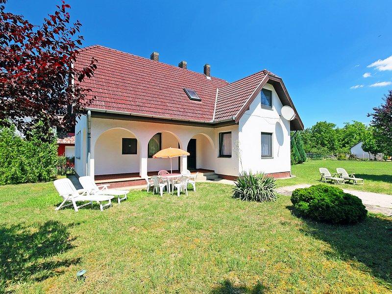 Balaton H2074, holiday rental in Balatonszemes