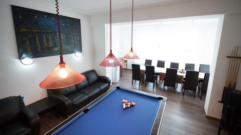 Group Home sleeps 26 on two floors+ balcony, location de vacances à Bad Grund