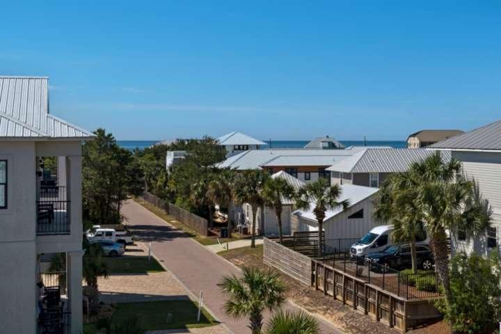 Enjoy gulf views from the third level balcony!