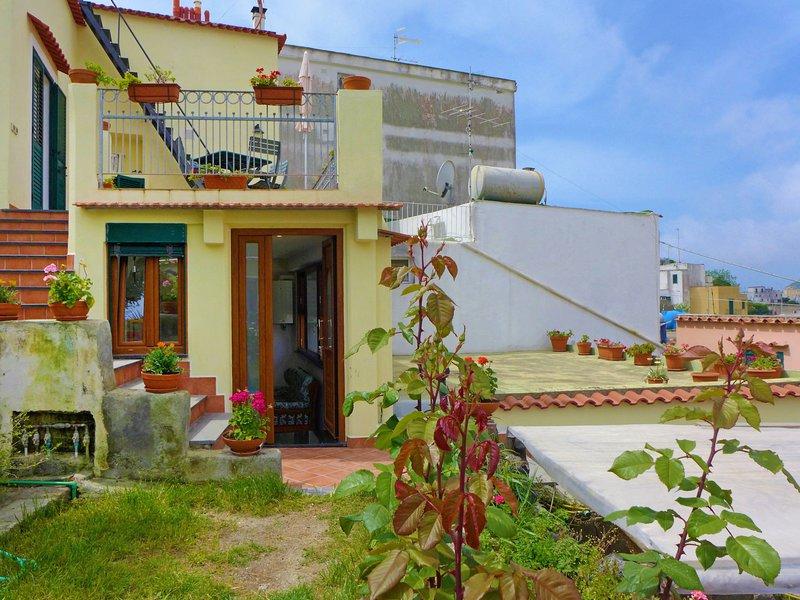 Ai Maronti, holiday rental in Serrara Fontana