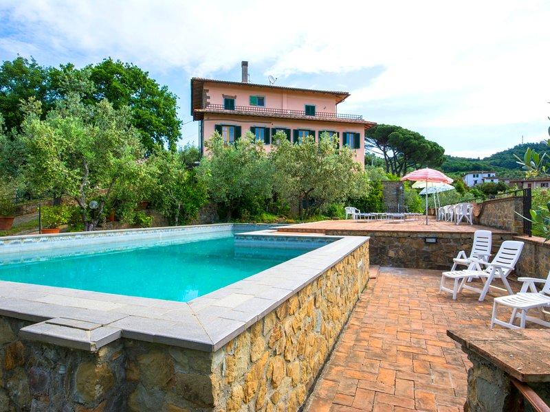 Villa Morosi, alquiler vacacional en Tizzana