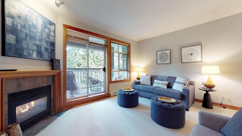 FREE ACTIVITIES -Bright Condo in a Fantastic Location by Harmony Whistler, holiday rental in Whistler