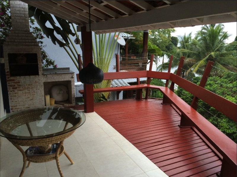 Charmosa casa em Angra do Reis, location de vacances à Mambucaba