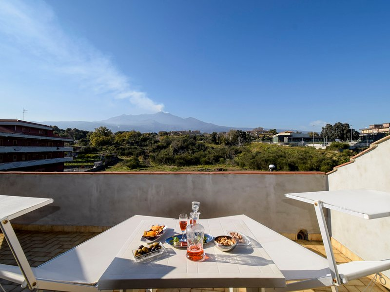 New Etna view, vacation rental in San Leonardello