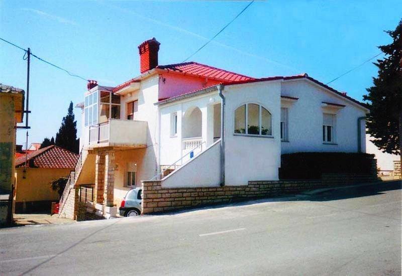 Kati A2(2+1) - Novalja, vacation rental in Novalja