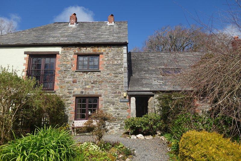 Ash Cottage at Trenannick Farm, vacation rental in Crackington Haven