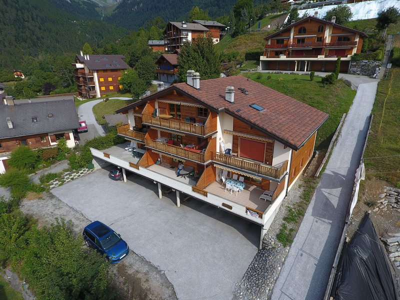 Caroubier 2, holiday rental in Saillon