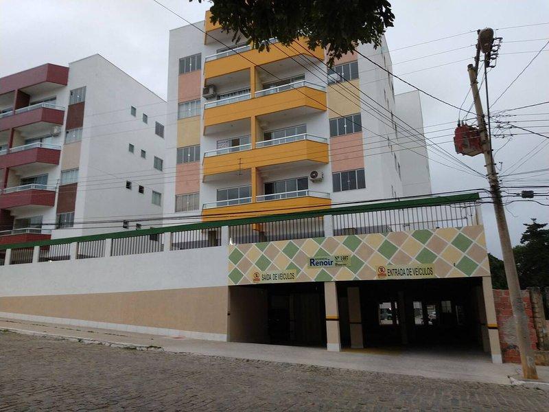 TH FLATS ÁREA CENTRAL PERTO DO SHOPPING-7203-AR,INTERNET,ELEVADOR,TV,GARAGEM..., casa vacanza a Governador Valadares