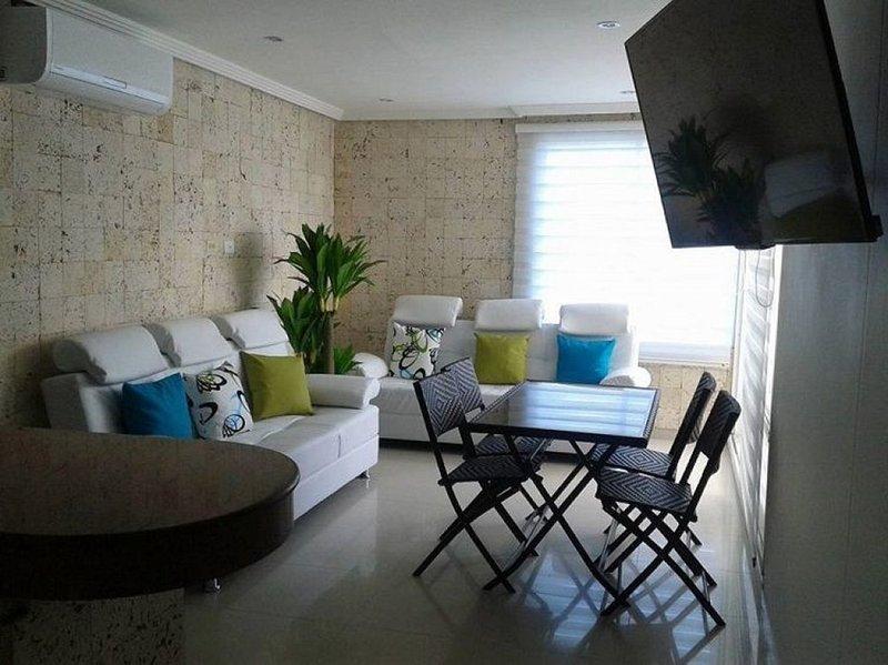 Apartamento en Cartagena Frente al Mar 1C12-4, location de vacances à Bocachica