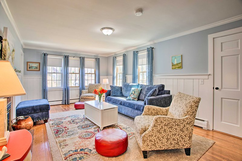 NEW! Charming Sandwich Cottage by Cape Cod Canal!, holiday rental in Sagamore