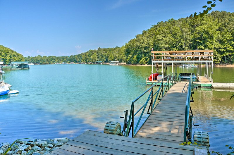 The lake views are sure to awe you during your stay at this waterfront home!