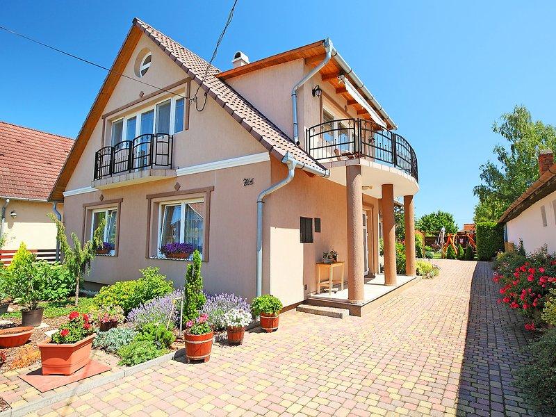 Balaton 730, holiday rental in Balatonszemes