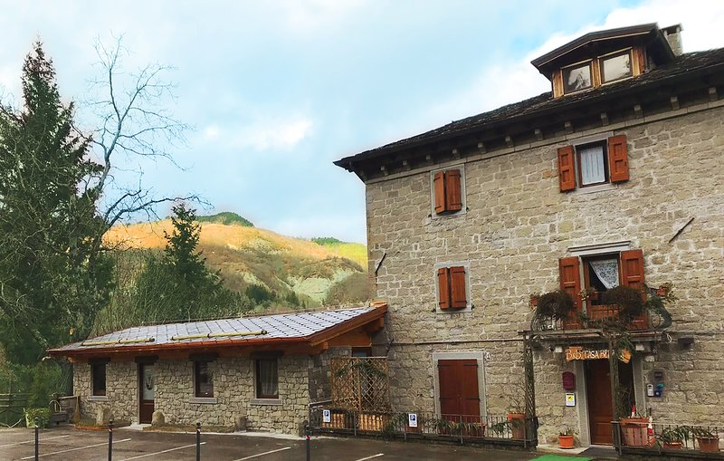appartamento montagna, al piano terra, holiday rental in Abetone