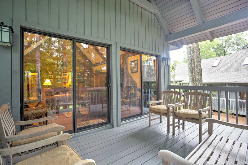 Private Covered Deck | Patio Furniture | Golf Course Views | 1,801 Sq Ft