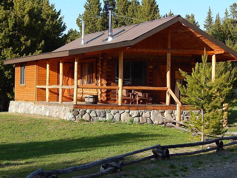 Chaunigan Lodge #7 Deluxe, aluguéis de temporada em Chilcotin District