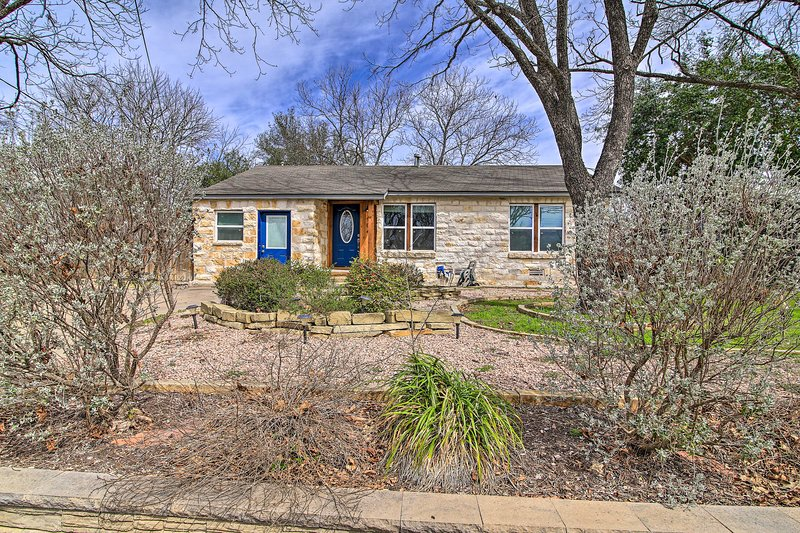 Treat your family to a 5-star vacation at this Fredericksburg abode!