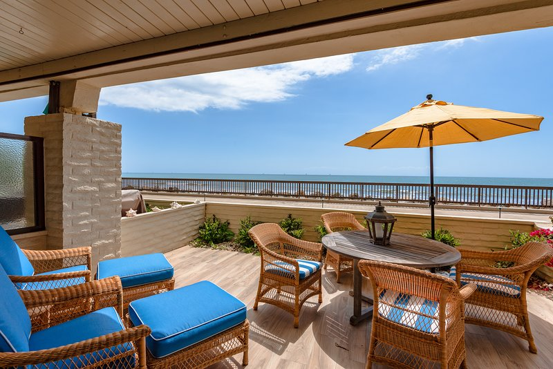 Oceanfront at Bonnymede, holiday rental in Montecito