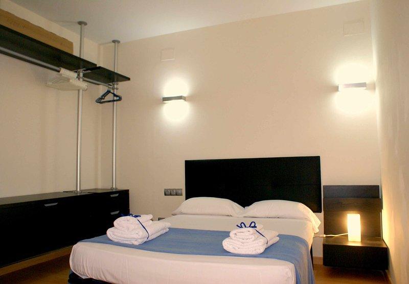 VILANOVA PADAWAN APARTMENT HUTB-042293, location de vacances à Vilanova i la Geltru